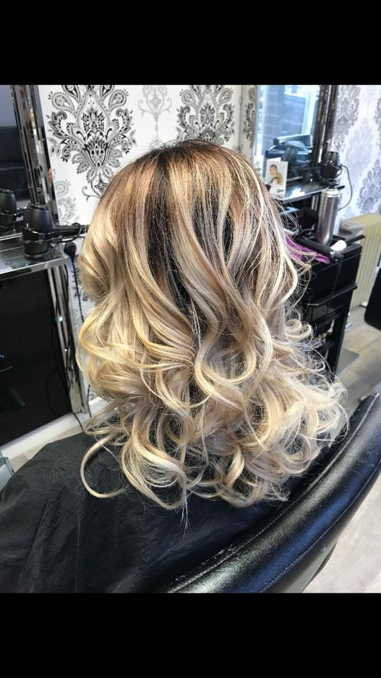 hairstyling image